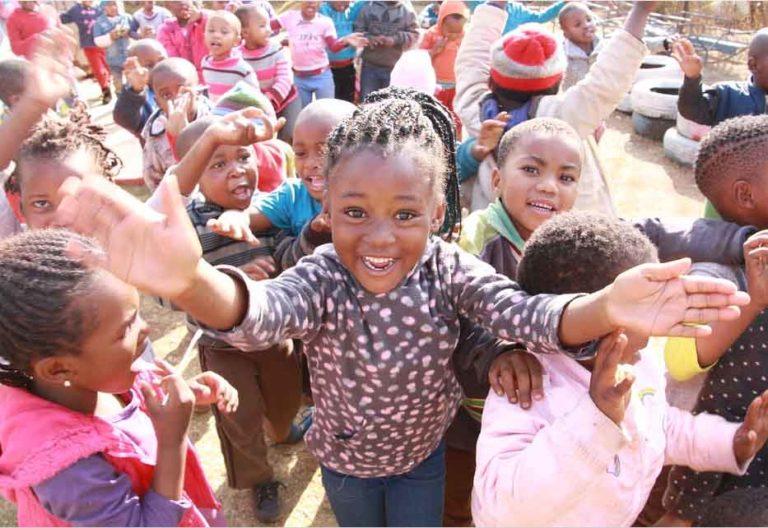 Kinder in Soweto Suedafrika