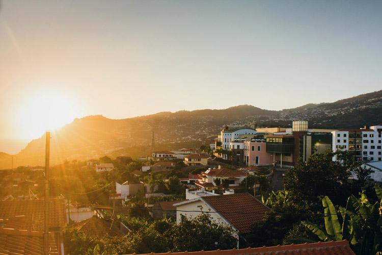 Sonnenaufgang auf Madeira Funchal