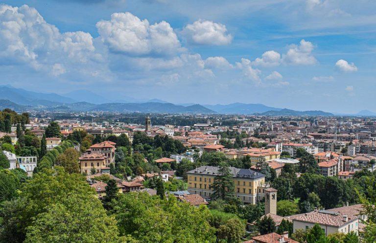 Mietwagen Bergamo Panoramablick