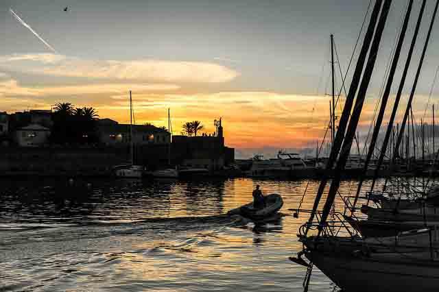 Alghero Abendstimmung im Hafen