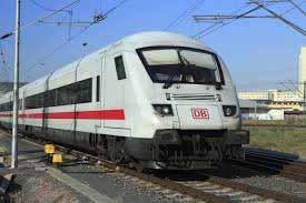 Zug Lokomotive Stuttgart Hauptbahnhof
