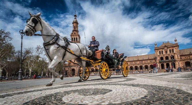 Sevilla Kutsche mit Pferd