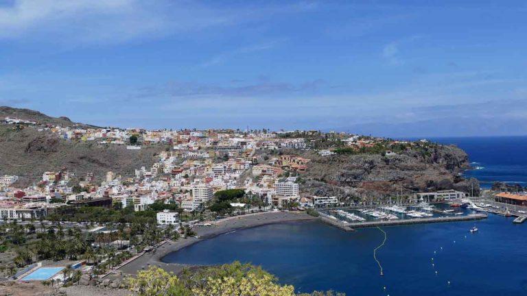 La Gomera Insel mit Hafen Mietwagen