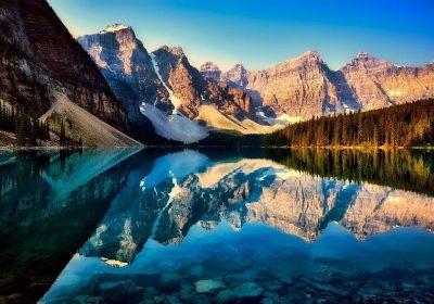 Kanada Berg mit See Camper Wohnmobil Canada