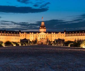 Karlsruher Schloss in Abendstimmung