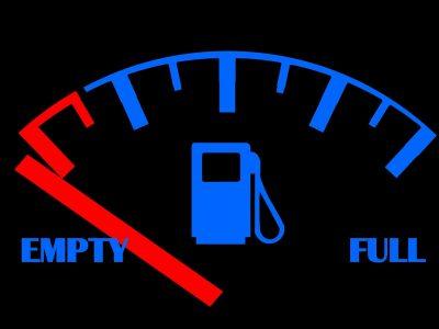 Tankregelung bei mietwagen Benzinanzeige